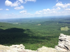 Amazing view on the top of Hanging Rock facing north