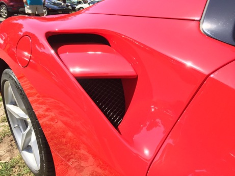 Ferrari 488 intake