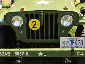 WWII Jeep - cool headlight guards